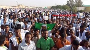 Les indignés de Mauritanie menacent de frapper fort dans société foule-300x168
